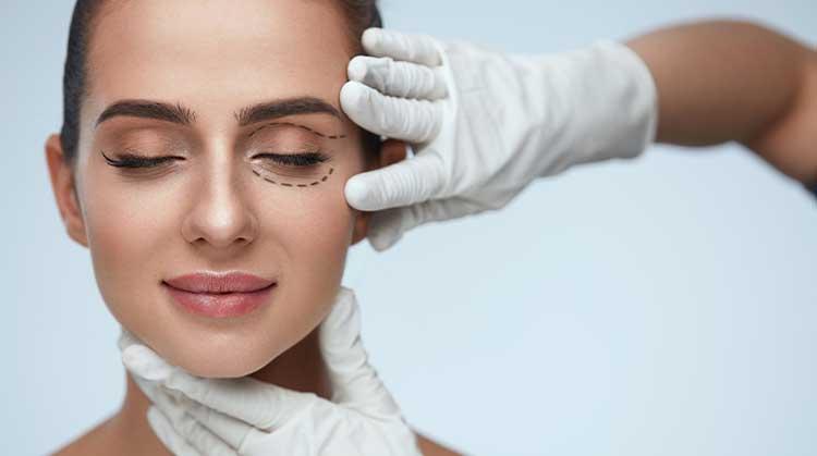göz kapağı ameliyatı nasıl yapılır